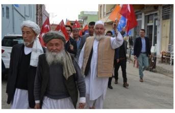 Ceylanpınar'daki Özbekler'den AK Parti'ye destek