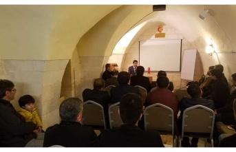 Uncu, İSAM'da Dünya Enerji Politikalarının Türkiye'ye yansımalarını anlattı