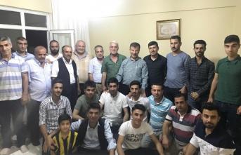 Urfa'nın Siyasetçileri İstanbul'a Kamp Kurdu