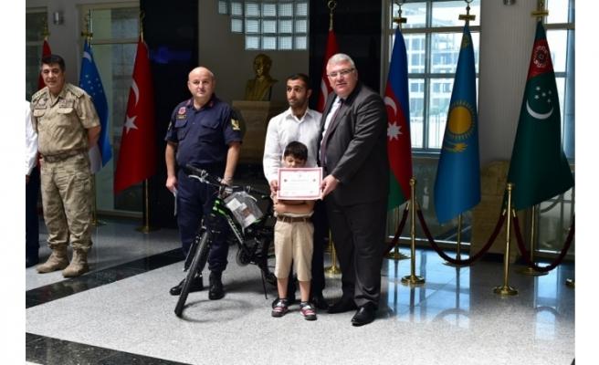 Şanlıurfalı çocuklara bisiklet ödülü