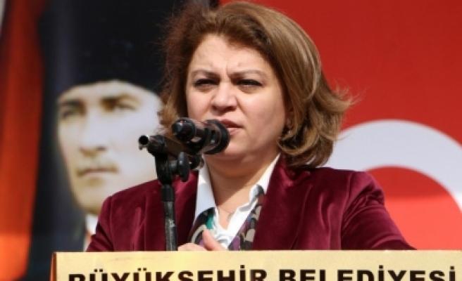 Büyükşehir Belediyesinde Sibel Toptan'ın görevi değişti