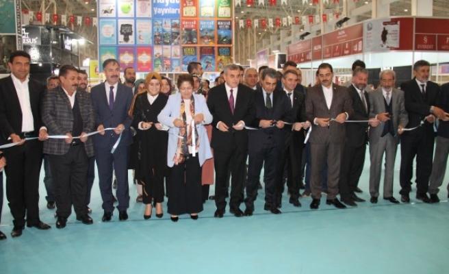 Şanlıurfa'da 3. Ulusal Kitap Fuarı açıldı