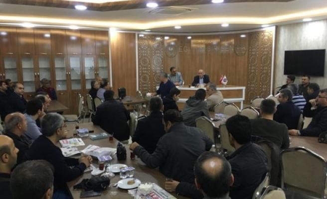 'İrfan Sohbetleri'nin bu haftaki konuğu yazar Karaçor oldu