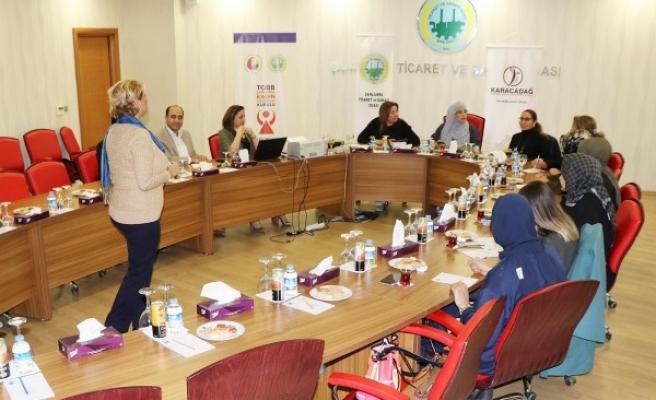 Şanlıurfa'da kadınlara 'Liderlik Eğitimi' verildi