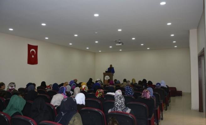 Urfalı kadınlara 'kültür mantarı ve solucan gübresi' semineri verildi