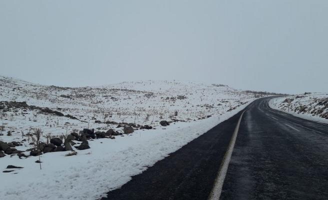 Yılın ilk karı düştü: Merkezde de yağacak mı?
