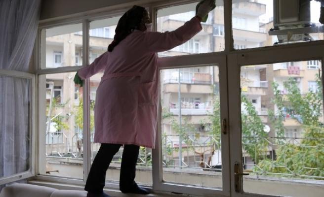 Haliliye'de muhtaç ve yaşlılara hizmet sürüyor