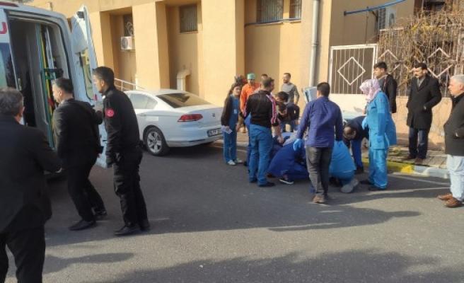 Urfa'daki hastanede intihar girişimi
