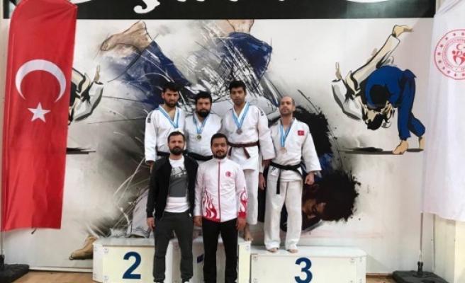 Şanlıurfalı judocu engel tanımadı