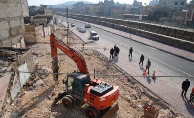 Süleymaniye'de yeşil alan için yıkım çalışmaları başladı