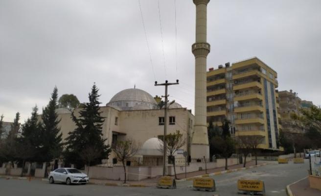 Şanlıurfa'daki cami, deprem sonrası ibadete kapatıldı!