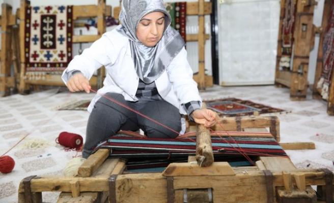 Kaybolmaya yüz tutmuş gelenek Karaköprü'de yaşatılıyor