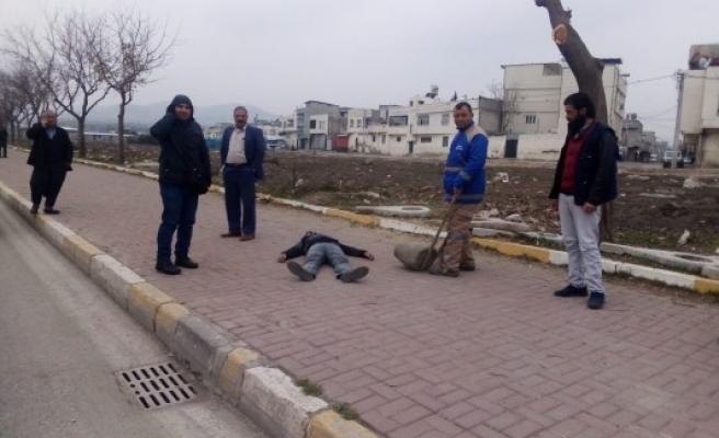 Şanlıurfa'da açlıktan bayılan adam hastaneye kaldırıldı (EK-1)