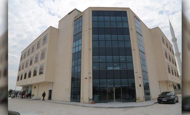 Eyyübiye'de belediye binası hizmete girdi