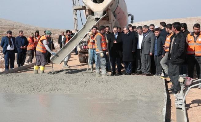 Şanlıurfa'da beton yollar için çalışmalar başladı