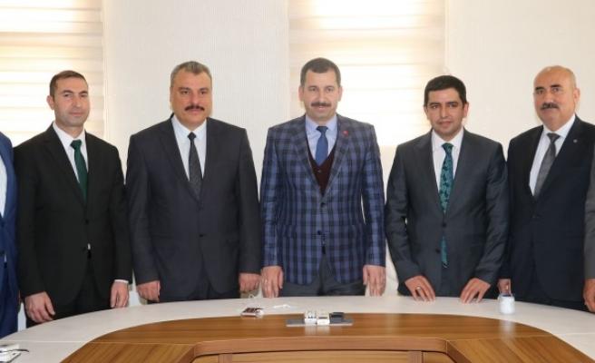 Karaköprü Belediyespor'un yeni başkanından Baydilli'ye ziyaret