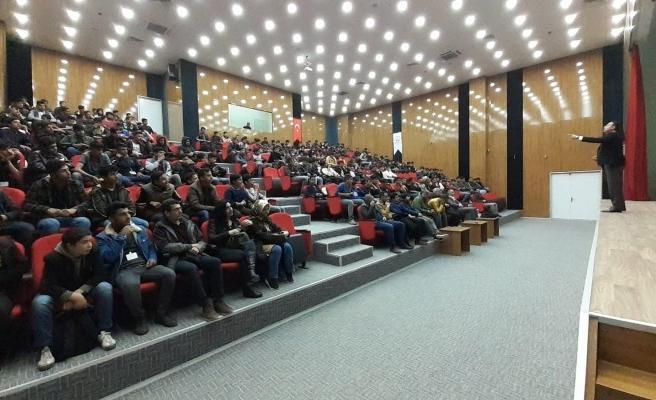 Akçakale'de 'Hızlı Okuma ve Etkin Anlama Teknikleri' semineri yapıldı