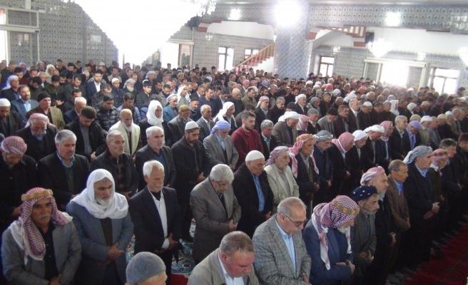 Şanlıurfa'da 33 şehit için gıyabi cenaze namazı kılındı