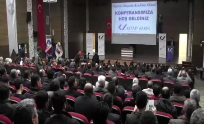 Urfa'da konferans: 'Modern Dünyada Kendimiz Olmak'