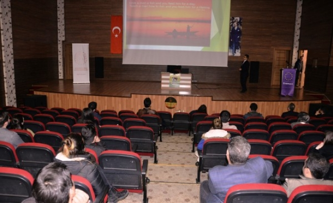 Öğretmenlere 'Eğitimde Dijital Dönüşüm' semineri verildi