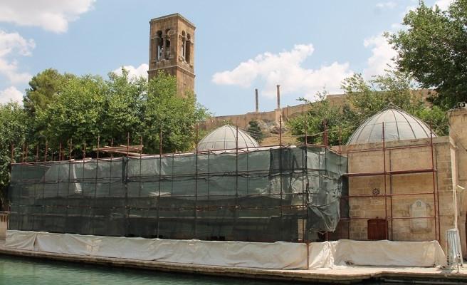 5 yıldır kapalı olan Döşeme Camii, ibadete açıldı