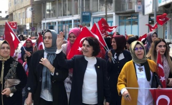 Vekil Açanal'dan 8 Mart Dünya Kadınlar Günü mesajı