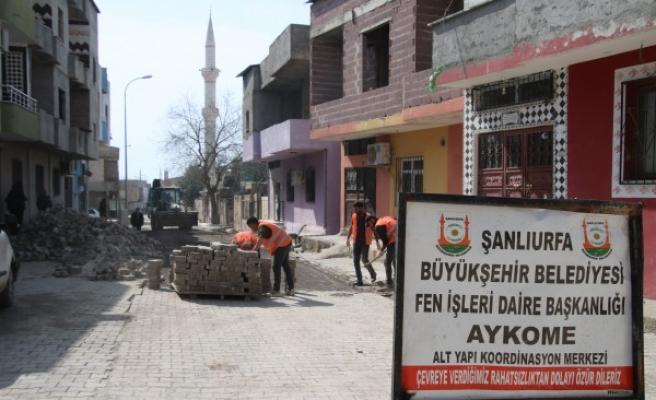 Urfa'nın ilçelerinde altyapı çalışmaları sürüyor