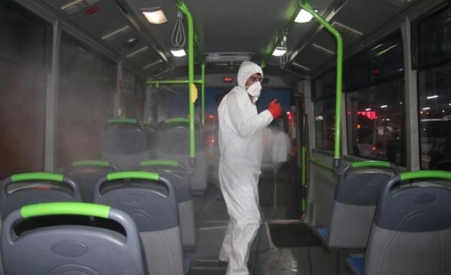 Urfa'da özel halk otobüsleri dezenfekte edildi