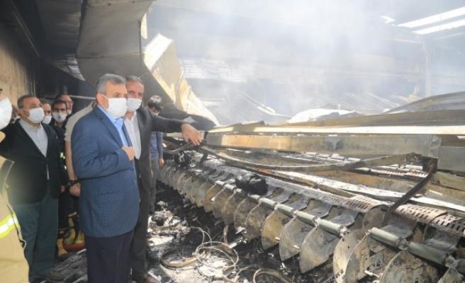 Beyazgül, OSB'de çıkan yangını inceledi