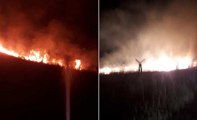 Urfa'da mayınlı bölgede yangın çıktı