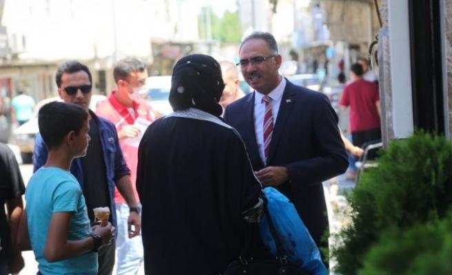 Mehmet Kuş, esnaf ve vatandaşlarla görüştü