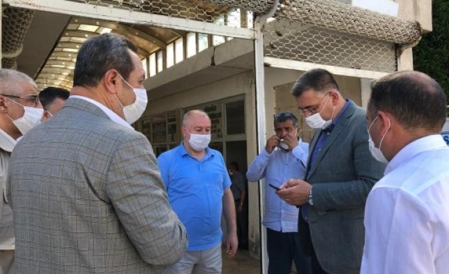 Urfa'daki pazara yeni 'korona' tedbirleri geldi