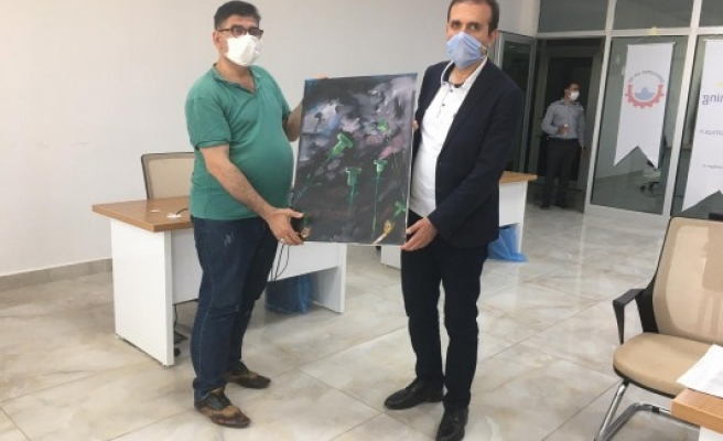 Yeşilay'dan İl Milli Eğitim Müdürüne anlamlı tablo