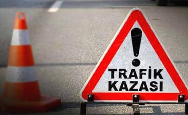 Urfa'da araçlar çarpıştı: 1 ölü, 4 yaralı