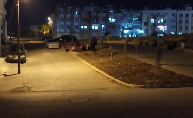 Deprem oldu, Urfalılar sokağa döküldü!