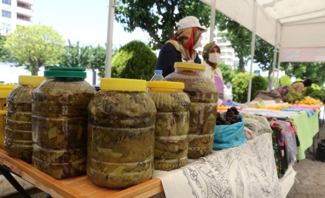 Kadınların el emeği ürünler Urfa'da görücüye çıktı