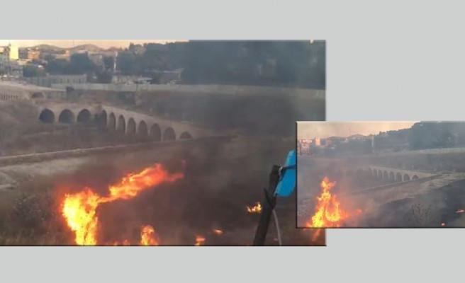 Urfa'da tarihi handa yangın