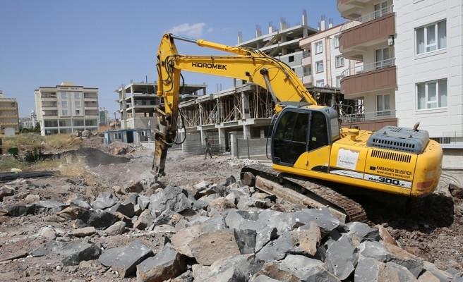 Karaköprü'de yeni yol çalışmaları sürüyor
