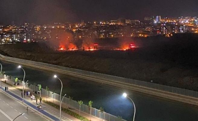 Şanlıurfa'da boş arazide yangın!