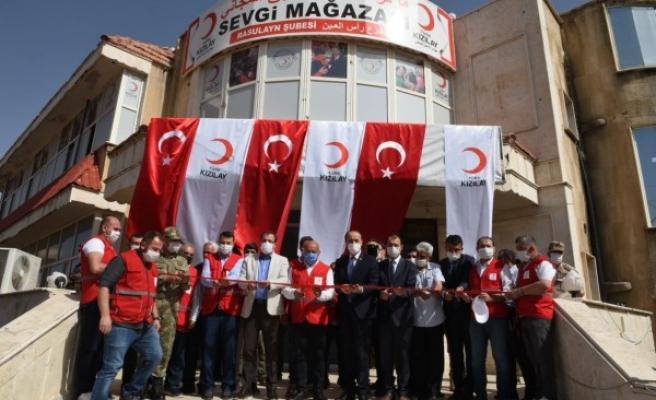 İhtiyaç sahiplerine ulaşacak: 8'inci mağaza Resulayn'da açıldı