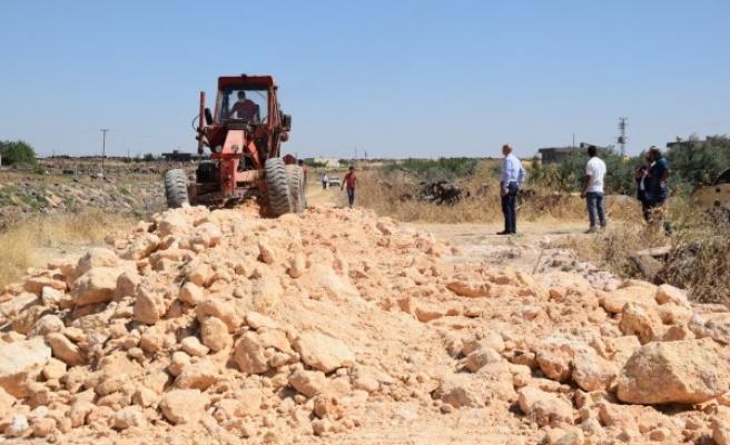 Viranşehir kırsalında stabilize yol çalışmaları sürüyor