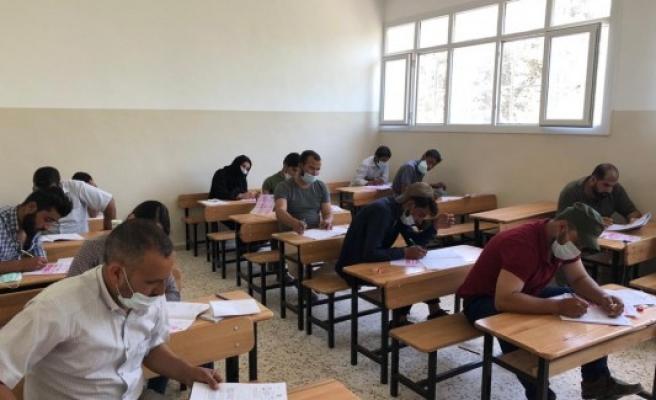 Barış Pınarı bölgesinde 240 öğrenci üniversite için yarıştı