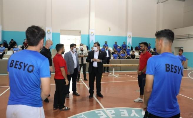Şanlıurfa'da öğrencilerin salon talebine Haliliye'den yanıt