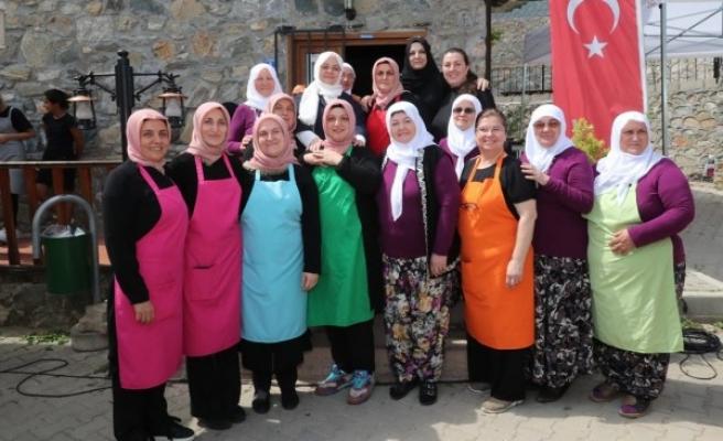 Bakan Selçuk'tan kadın kooperatifleri için açıklama
