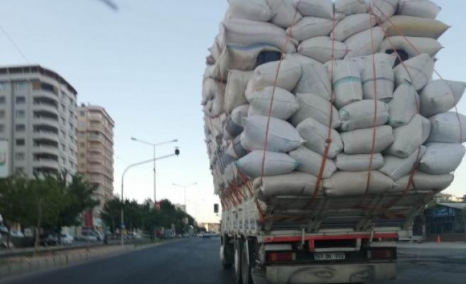 Urfa trafiğinde tehlikeli seyir