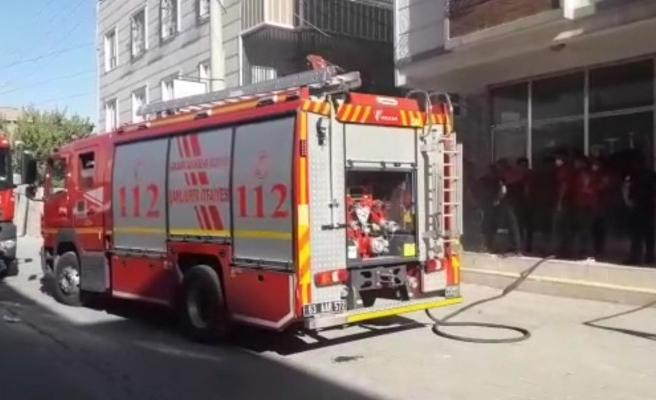 Şanlıurfa'da madde bağımlıları iş yerini yaktı iddiası