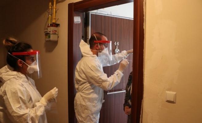 Urfa'da korona hastalarına evde hizmet veriliyor
