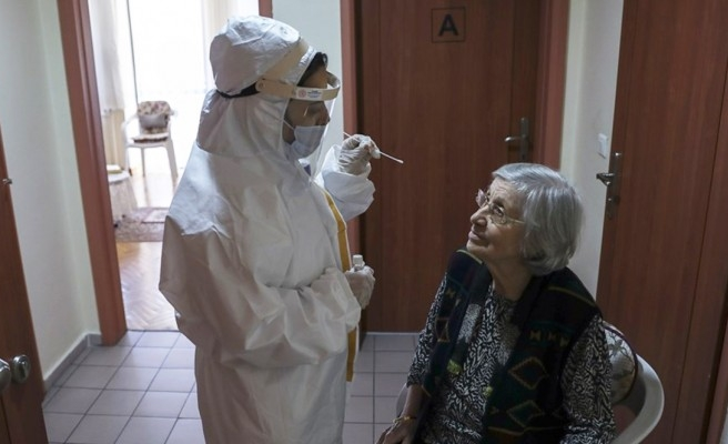 Huzurevleri için koronavirüs kararı: Süre uzatıldı