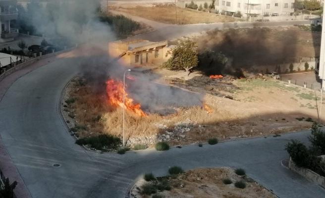 Karaköprü'deki yangın itfaiyenin müdahalesiyle söndürüldü