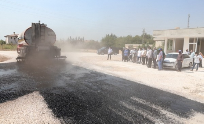 Haliliye kırsalında asfalt çalışmaları sürüyor
